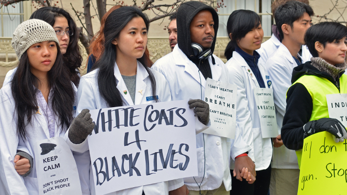 """Yale Medical School students don white coats for """"die-in"""