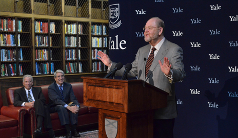 James E. Rothman talks to reporters at the Oct. 7 press conference celebrating his Nobel Prize. In the background are Medical Dean Dr. Robert Alpern and President Peter Salovey.