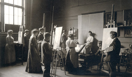 A vintage photo co-ed drawing class from the Yale School of Art