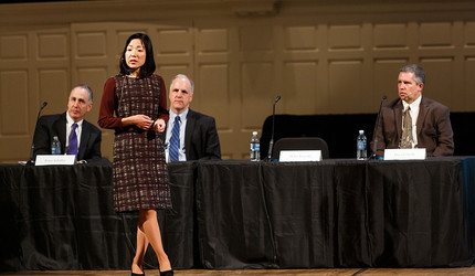 Professor Akiko Iwasaki discusses breakthroughs in inflammation research at a science and engineering panel.