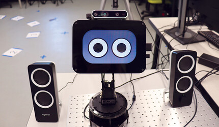 Shutter, a robot photographer designed by Yale's Marynel Vazquez and her team.