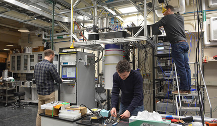 Yale researchers working on a quantum computer