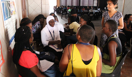 Yale Young African Scholars program session