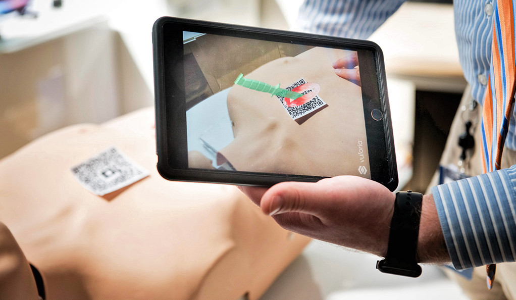 Using a new clinical simulation app developed by a campus-wide team at Yale School of Nursing