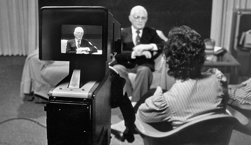 Taping an interview in 1987 with Yale's Fortunoff Video Archive for Holocaust Testimonies.