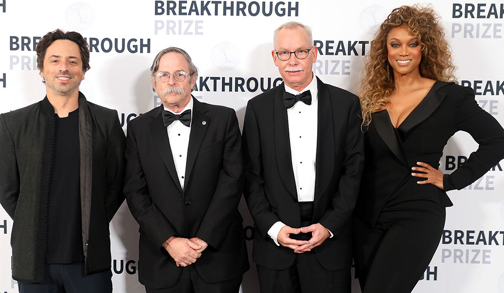 Yale's Art Horwich and F. Ulrich Hartl with Sergey Brin and Tyra Banks at the Breakthrough Prize ceremony