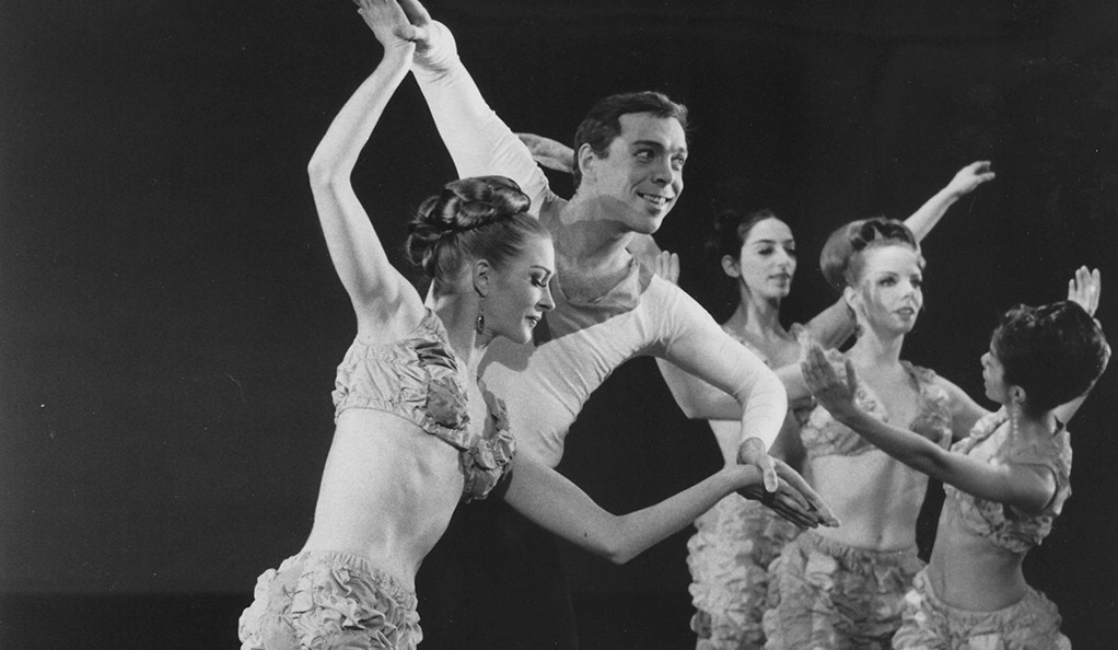 """Paul Taylor and Bettie de Jong(in the foreground)  in a performance of """"Party Mix"""" in 1966."""