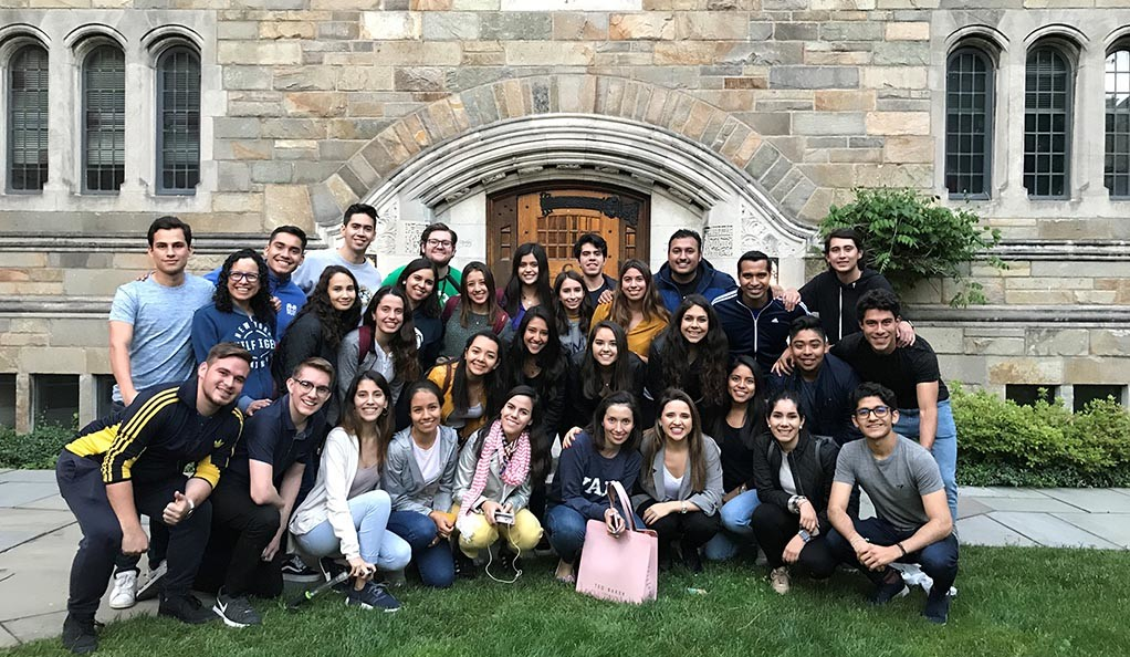 Ambassadors from Tecnológico de Monterrey visiting the Yale campus.