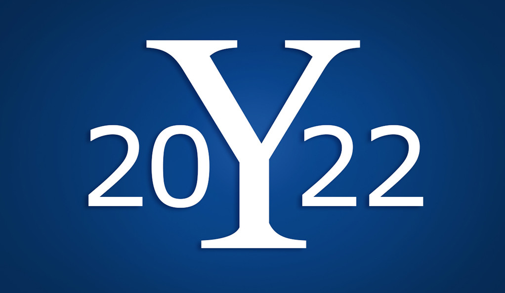 The Yale logo flanked by the numbers 2022