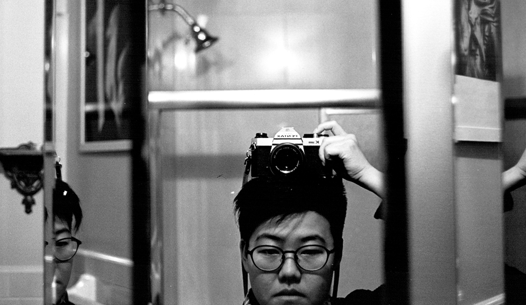 A self-portrait photograph by the poet Yanyi.