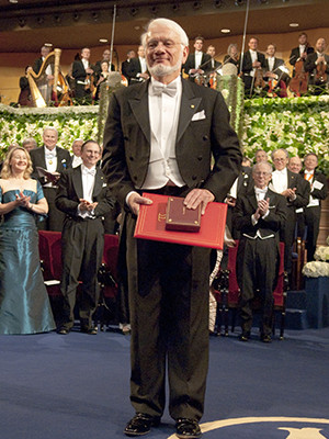 Steitz during the 2009 Nobel Prize ceremony.