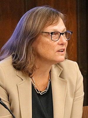 Amanda Bayer '95 Ph.D.