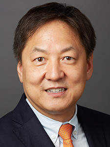 Photo of Dr. Francis Y. Lee.
