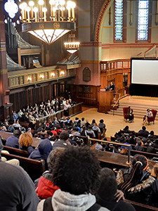Newsome addresses New Haven students in Battell Chapel.