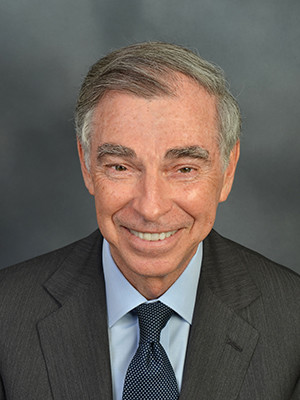A portriat of Bruce Alexander, Yale's vice president for state affairs and campus development