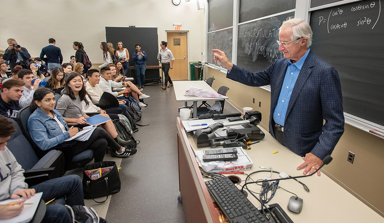 William Nordhaus teaches undergraduate economics on the day of his Nobel Prize award.