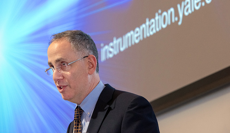 Peter Schiffer speaks during the Yale Day of Instrumentation.