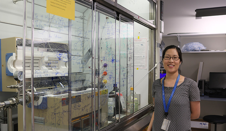 Judy Cha in her Yale lab.