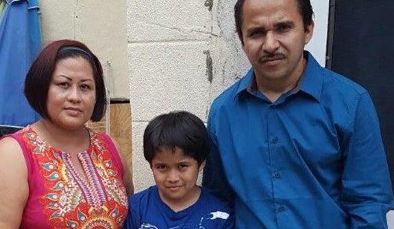 U.S. asylum-seeker  Suny Rodriguez Alvarado and her family.