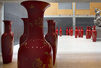 Photo of larg pottery vases on the floor of the Yale Center for British Art.